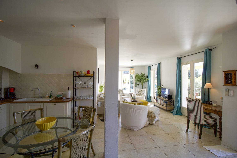 Salon et cuisine Oréade - Grand Angle